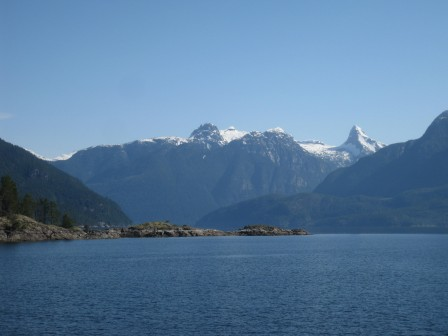 Desolation Sound Crewed Yacht Charter | David B Cruises